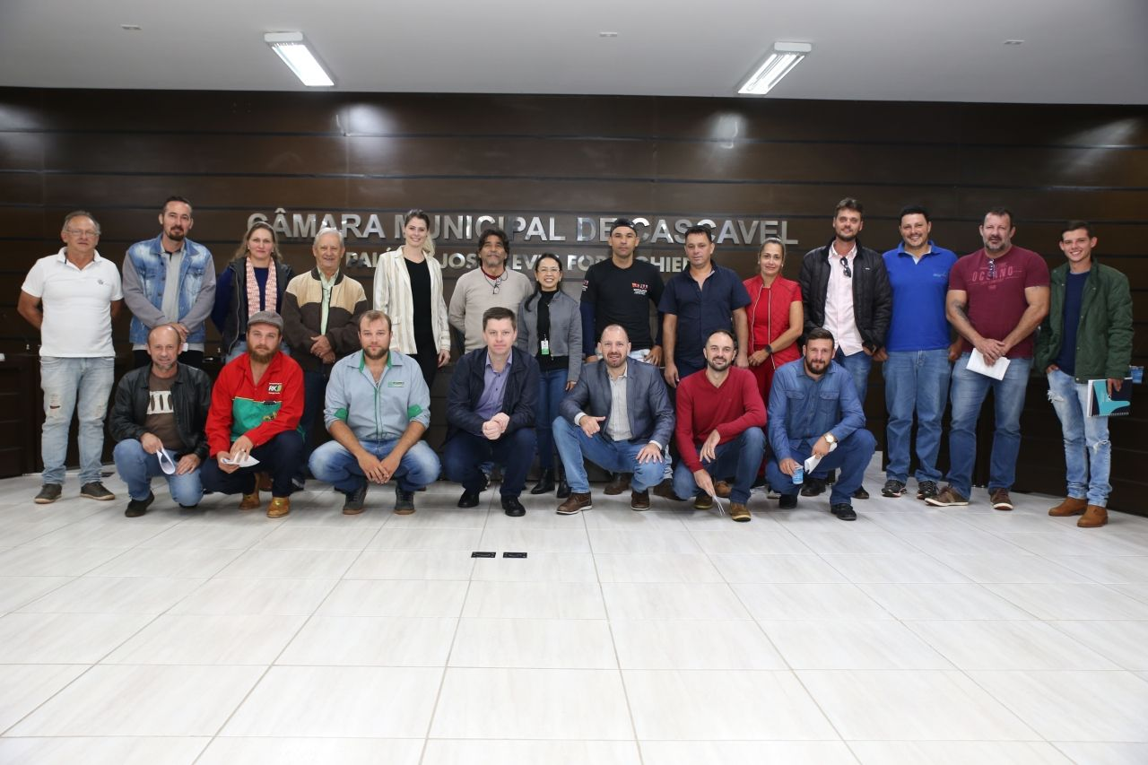 Sampaio e Hallberg apresentam estatuto para entidade de gestão de resíduos