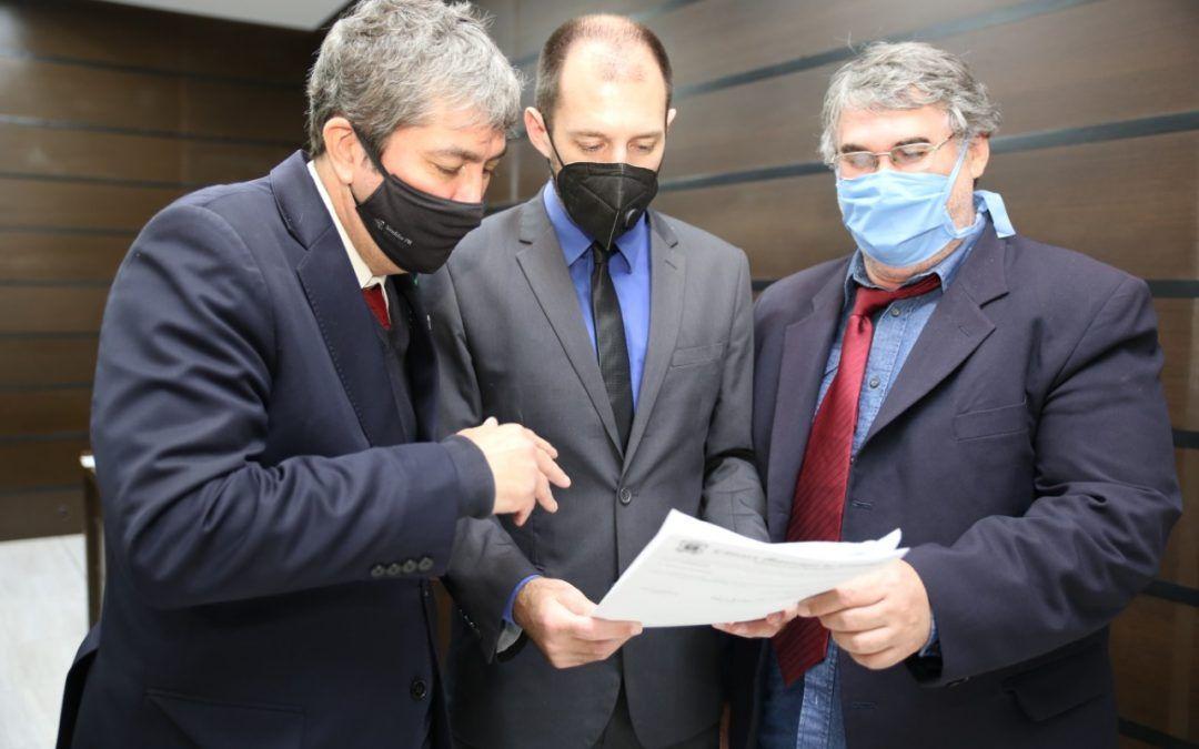 Após representação de vereadores, TCE intima prefeitura sobre contratos