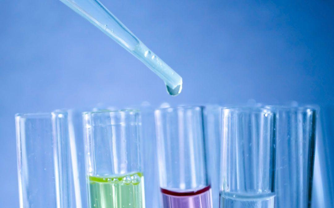 Laboratório Central de Cascavel realiza os primeiros testes para a Covid-19