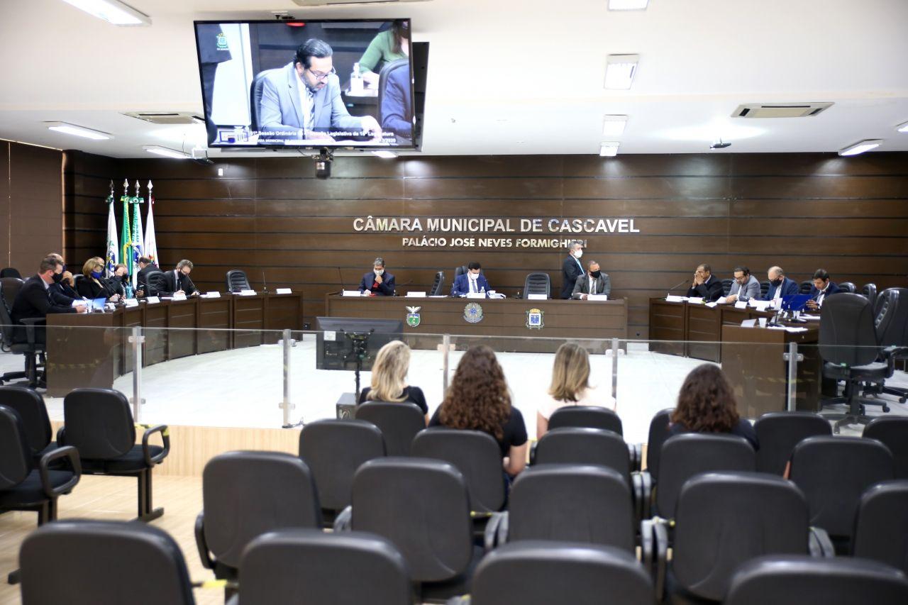 Câmara de Cascavel derruba veto do prefeito e Lei Anticorrupção deve ser promulgada